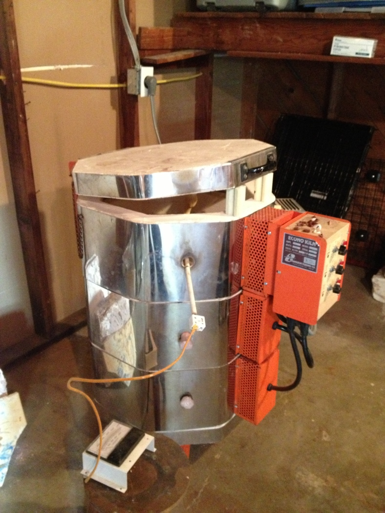 It's a time machine, no  it's  a space ship, no it's R2D2...wait...its Leslie's beautiful kiln!!!